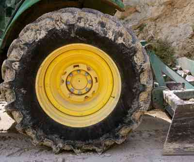 truck_wheel_closeup_mining