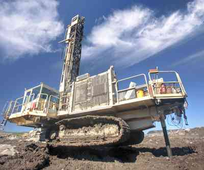 Heavy drilling machine at worksite