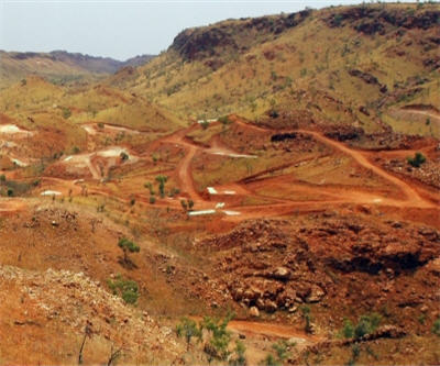Moly Mines signs US$494 million debt facilities for the Spinifex