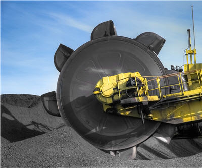 staff cuts expected in 2016 hays coal_bucketwheel_shutterstock