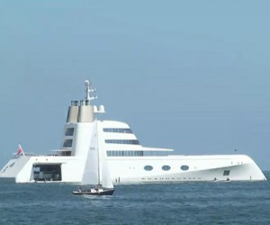 melnichenko_yacht_youtube_400