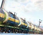 Forget pipelines, Canadian Rail may be the one shipping oil from Alberta to B.C.
