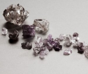 Purple diamonds from the Lace mine