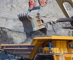 gold production drops february us mines usgs