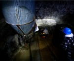 barrick gold laying off us workers two