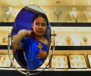 India's gold imports to restart next week