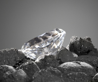 De Beers adds some sparkle to reporting season: production up, sales of $3.3 bn