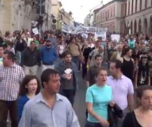 Romanians-protest-Rosia-Montana