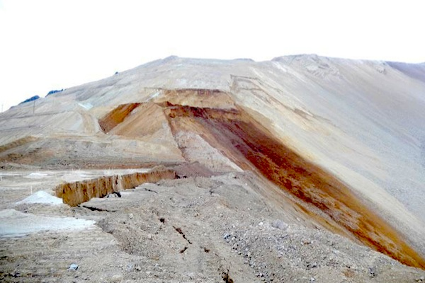 About 100 workers evacuated from Rio Tinto's Bingham Canyon Mine