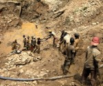 Carmakers invite action on conflict minerals rule as May deadline looms