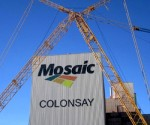 Mosaic buys fellow fertilizer CF Industries' phosphate business for $1.4bn