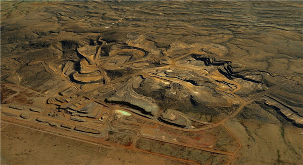 BHP's Jimblebar iron ore mine opening cancelled due to airport closure