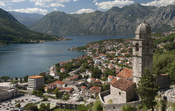 Buyers line up for Montenegro's bankrupt aluminum plant and biggest exporter
