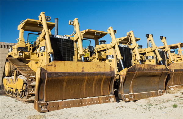 Caterpillar expects mining companies to further reduce costs in 2014