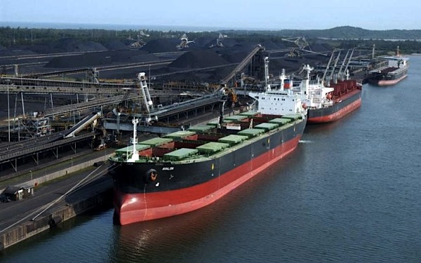 Coal exports from world's largest terminal hit record-high