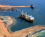 Dispute over Australia iron ore heats up