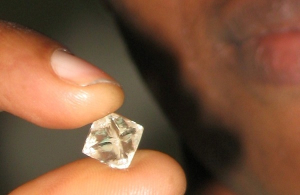 Diamond prices spike whet De Beers appetite for new markets