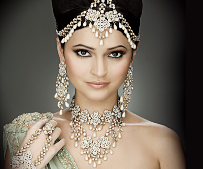 US consumers choose silver jewellery over gold— report