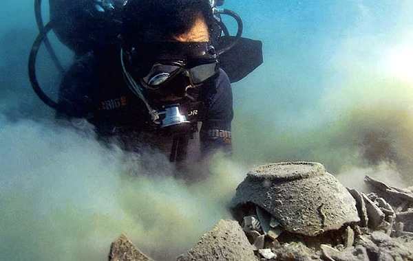 New Zealand may approve first underwater mine this week