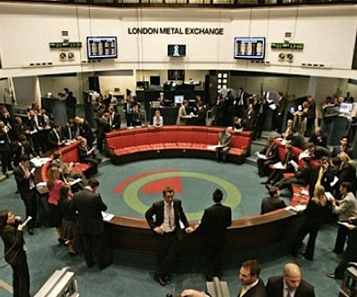 London Metal Exchange traders fined for standing up