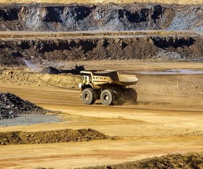 Aussie court stops Palmer's firm attempt to axe Citic Pacific mining rights