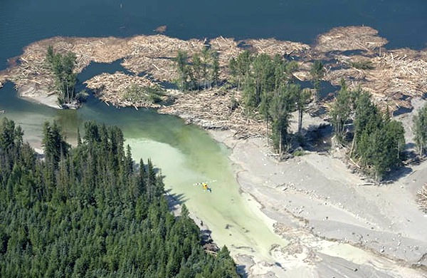 B.C. breaking information act by not disclosing Mount Polley reports: lawyers