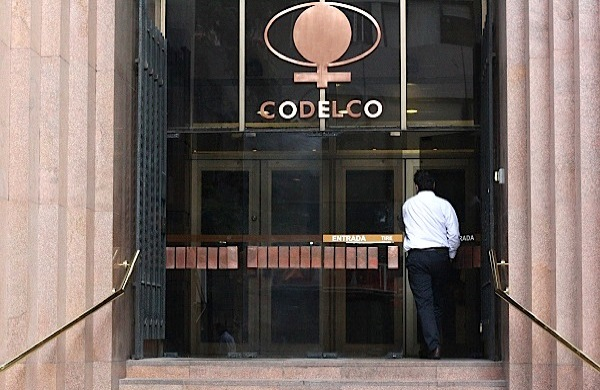 Chile's Codelco to seal $1 billion deal with UK
