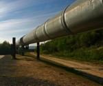 Canada's Kinder Morgan wins battle over pipeline expansion