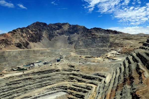 Anglo American's Los Bronces mine in Chile hit by strike