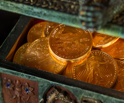 Contrarians snap up US gold, silver coins