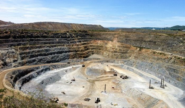 Lawyers seek Barrick's support in alleged murder case against African subsidiary