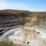 Lawyers seek Barrick's support in case against African subsidiary