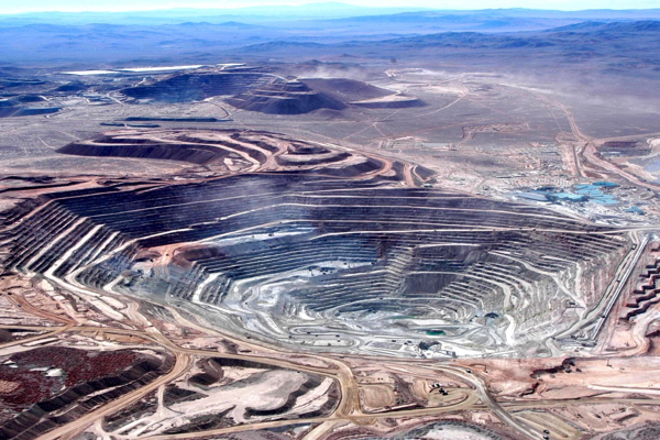 BHP, Rio, Anglo fear effects of Chile's new labour bill