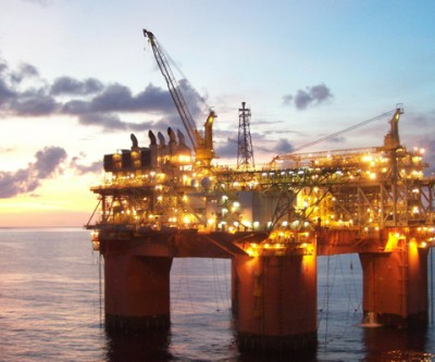 U.S. widens battle for global oil market: allows condensate exports