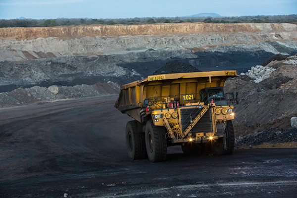 Vale sells stake in Mozambique coal project to Mitsui for $763m