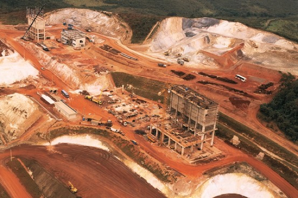 Anglo American set for commodity slump-triggered charge