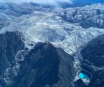 Freeport-McMoRan slashes capital spending, to divest stake in Indonesian unit