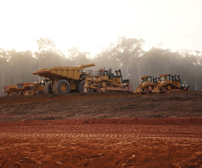 Newmont sticks to gold output targets, slashes costs