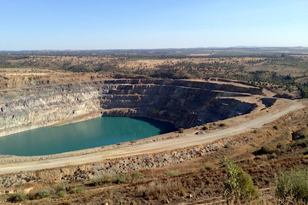 Reopening of controversial Spanish copper mine sparks heated debate