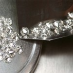 De Beers making it harder for diamond dealers to join supply chain