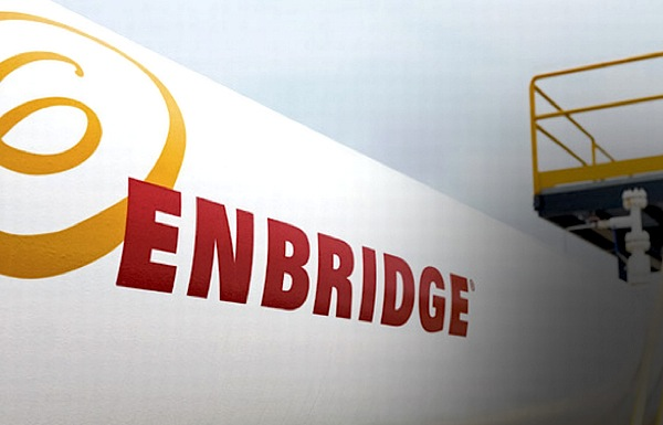 Enbridge to shed costs of oil sand pipelines by $320 million
