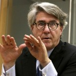 Barrick faces fresh opposition to executive pay plan