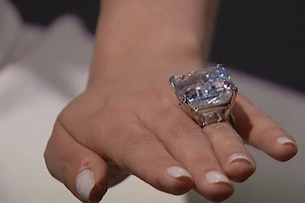 'Perfect' 100-carat diamond goes under Sotheby's hammer