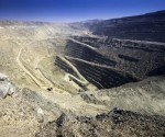 Low diamond prices push Anglo American to cut output