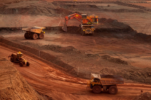 Iron ore prices hit by fresh evidence of looming surplus