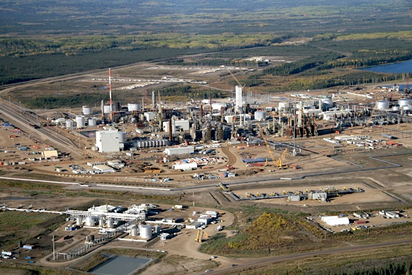 Nexen's oil sands pipeline leak one of Canada's largest ever
