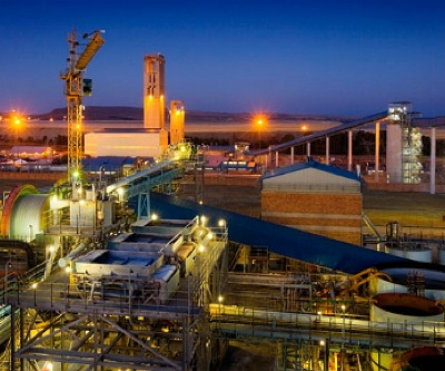 Half of South Africa's gold mines operating at loss — report