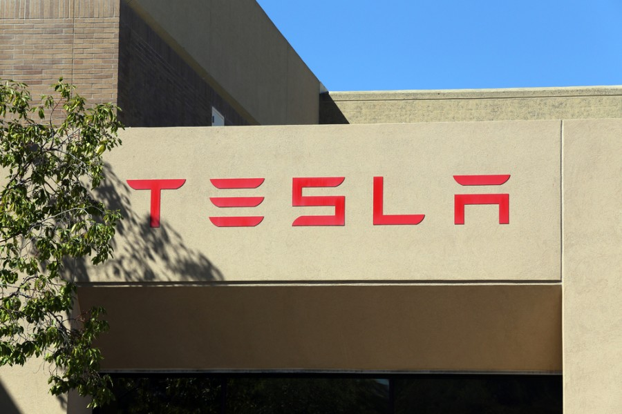 Tesla Powerwall begins to ship, what does this mean