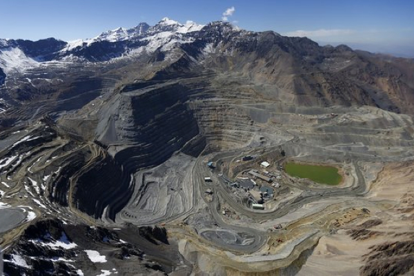 Codelco-Mitsui stall Anglo American assets sale in Chile