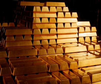 Gold price falls victim to profit takers